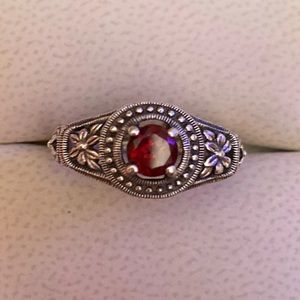Vintage Sterling Silver Red GemStone Ring